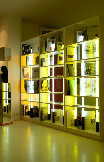 Bookcase ikea mathilde bretillot - Porte bibliotheque ikea ...